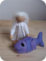 Engeltje met vis voor Lore