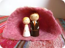 Bruidspaar_in_rose_huisje