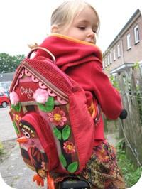 Fenne_en_haar_nieuwe_schooltas
